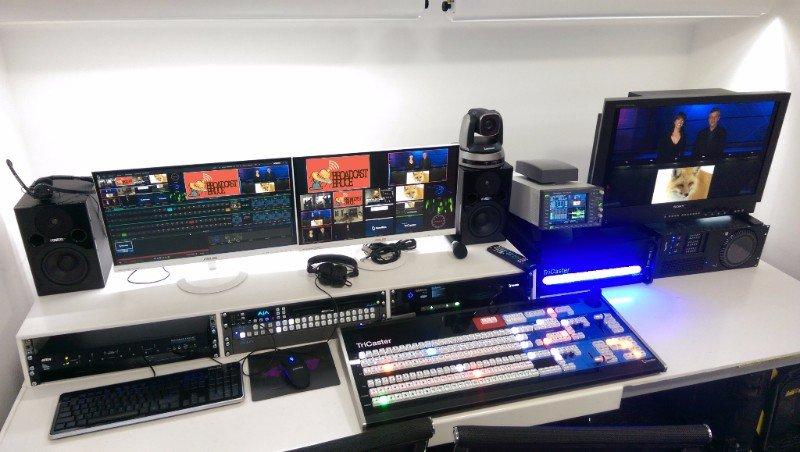 Broadcast Bruce Tricaster Studio
